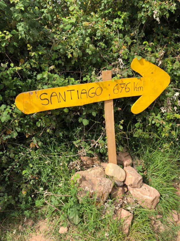 Pfeil 700km nach Santiago