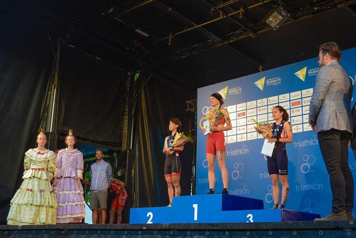 Siegerehrung der Weltmeisterschaft 2018 - Sabrina Illes gewinnt Gold